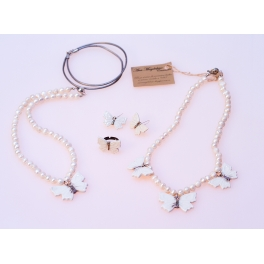 Collar mariposa blanco Alba1