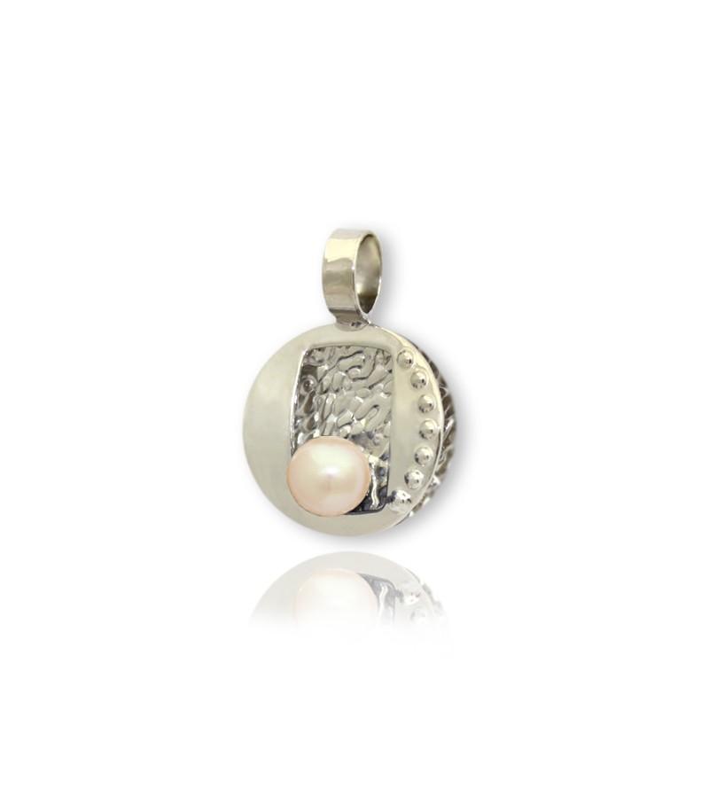 Colgante de plata con perla...