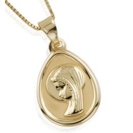 Medalla con cadena en Oro