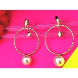 Aros Yellow de plata con perla y baño de chapado oro.
