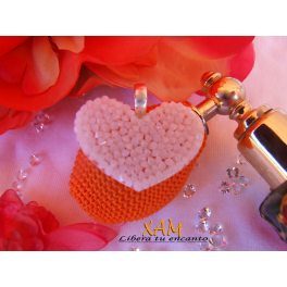 Colgante corazón plata día Cáncer de Mama creado con Crystales de Swarovski®