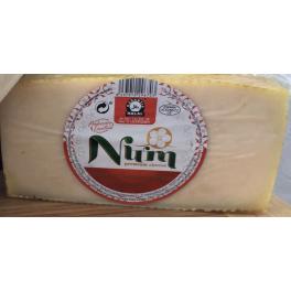 Cuña de Queso Cabra Num Halal  Semicurado Natural Octavo