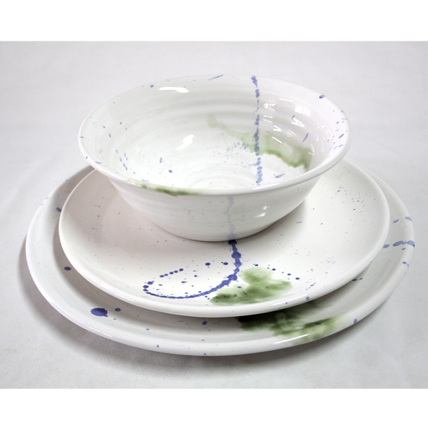 Platos de ceramica modernos cheap plato de porcelana de for Platos modernos